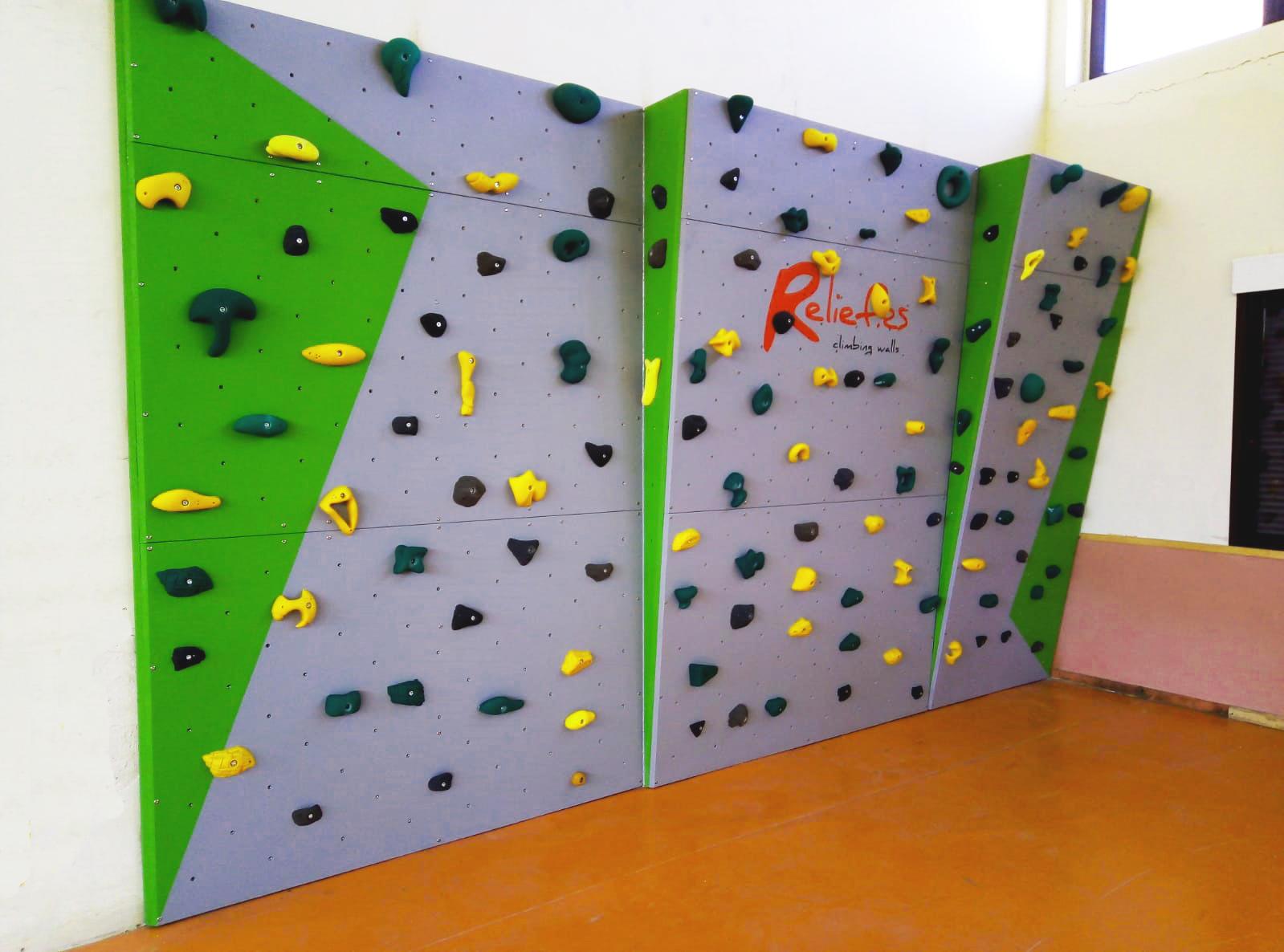 Búlder para practicar desde el inicio hasta el perfeccionamiento de escalada